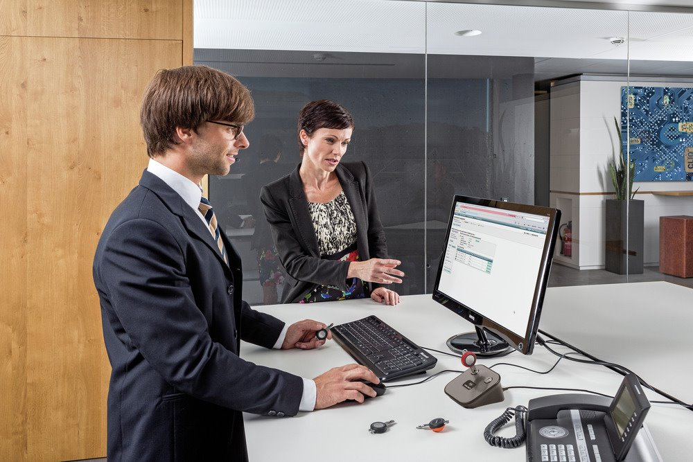eCLIQ Control Key (C-Key)